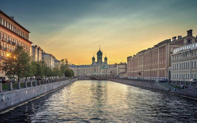 St-Petersburg_1.jpg